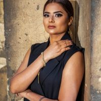 Singer Sandeep Will Mesmerize You With Her Latest Song Right To Left